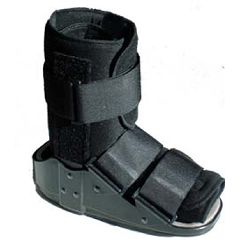 Low Top Advantage II Walker Boot