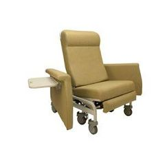 Winco Xl Care Cliner With Swing Arm