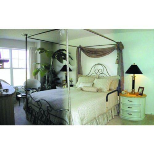 Bed Handlers, Inc. Adjustable Bedside Assistant Model 059 5006